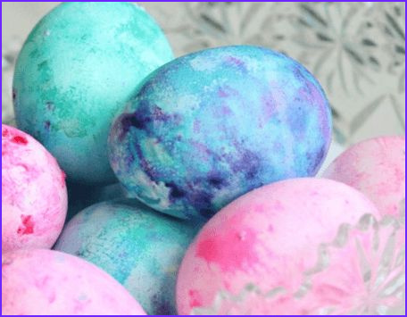 Coloring Easter Eggs with Cool Whip Beautiful Photos How to Dye Easter Eggs with Cool Whip Looks Like Fun