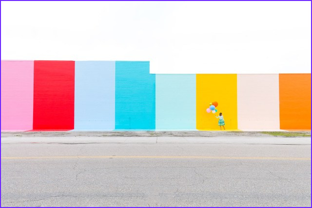 the sugar and cloth color wall in houston