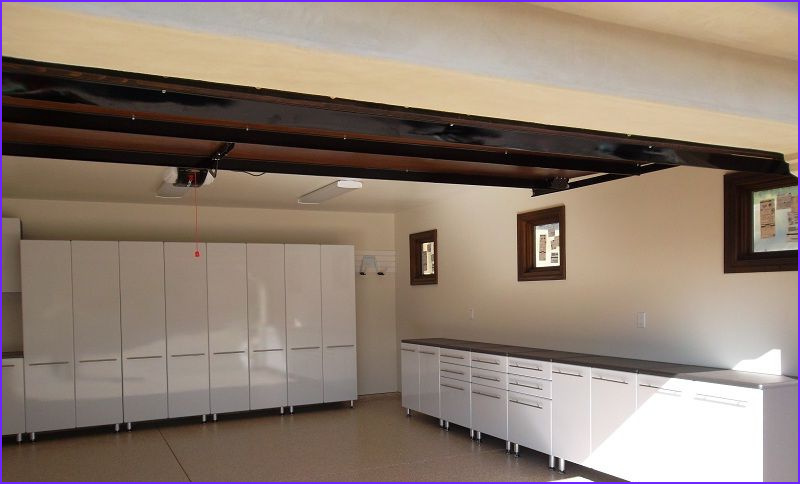 simple and applicable garage color ideas
