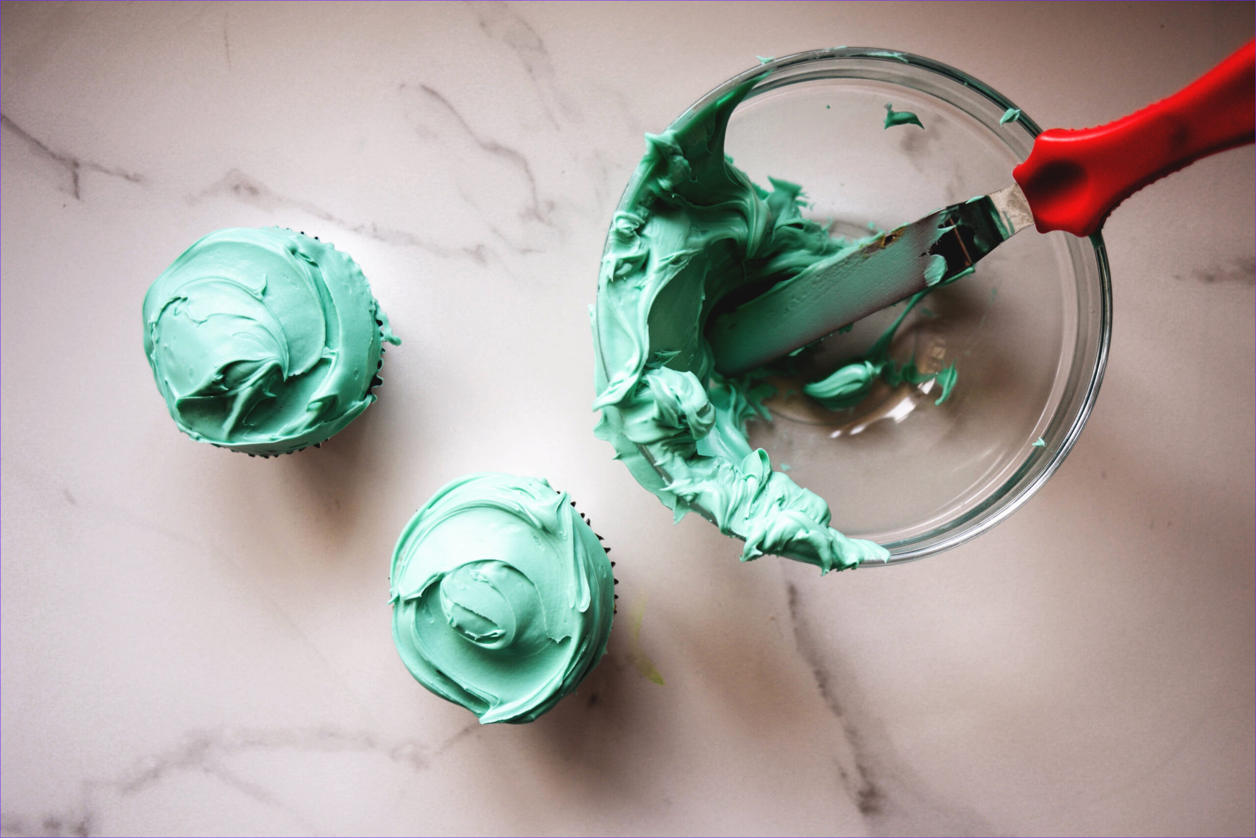 how make turquoise food coloring